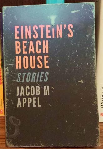 """Book den reviews: """"Einstein's Beach House"""""""