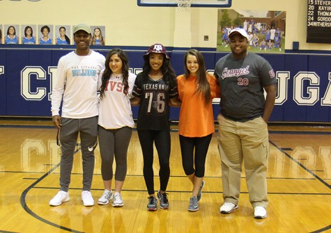 Cougars commit to college