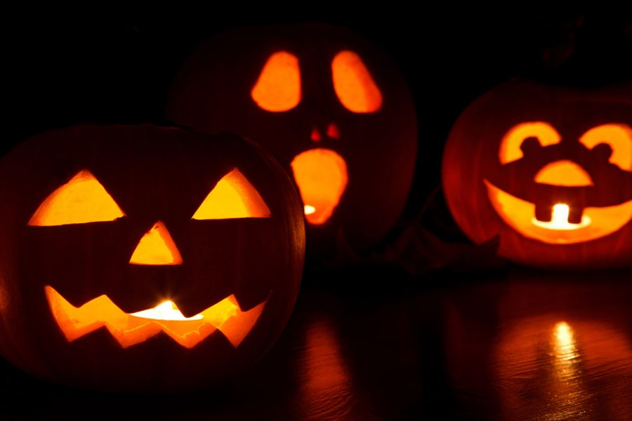 Jack+o%27+lanterns+were+made+to+scare+away+evil+spirits