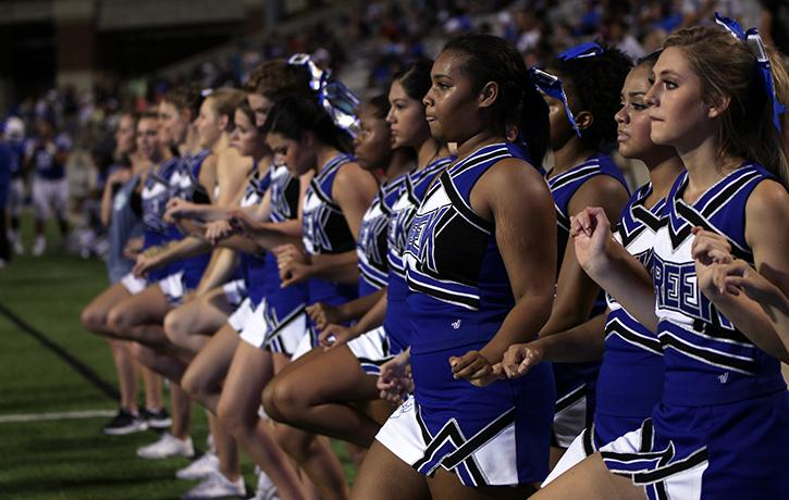 Cheerleaders line up during the second half kick off.