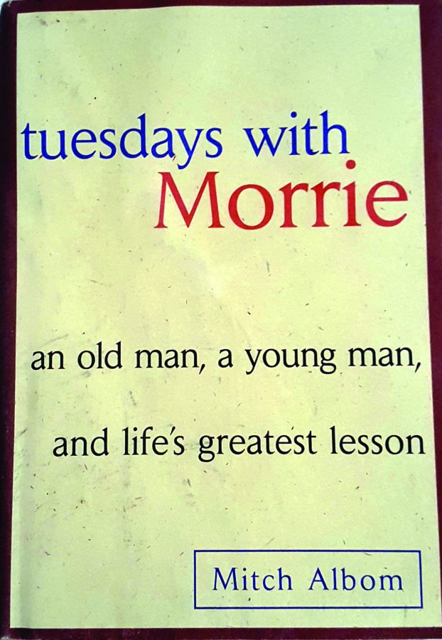 Book+Den+Reviews%3A+%22Tuesdays+with+Morrie%22