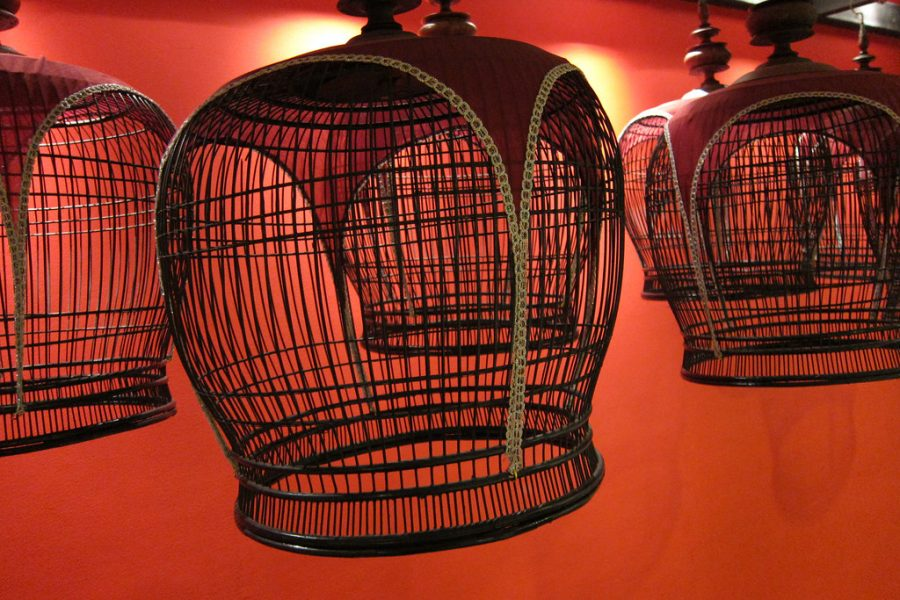 Thai bird cages by quinet is licensed under CC BY-SA 2.0