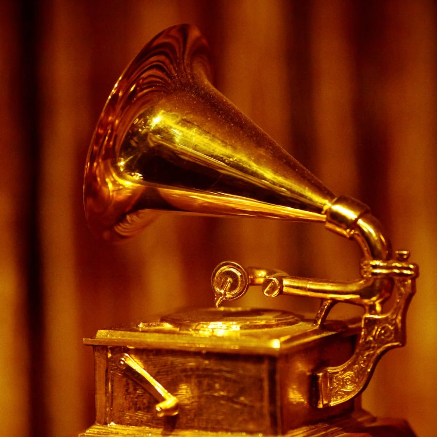 %22Golden+Grammy%22+by+Thomas+Hawk+is+licensed+with+CC+BY-NC+2.0.