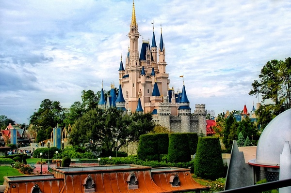 Disney - Cinderella Castle From the TTA by Express Monorail is licensed under CC BY-NC-ND 2.0