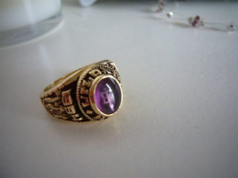 """24 Feb 2007: class ring"" by angel is licensed with CC BY-NC-SA 2.0."