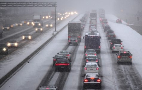 """Snow storm, I-95 south"" by VaDOT is licensed under CC BY-NC-ND 2.0"